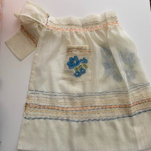 Vintage handmade floral embroidered half apron